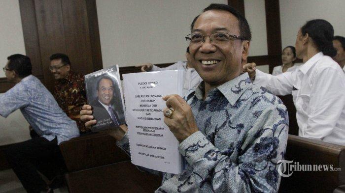 Mantan Menteri ESDM Jero Wacik Divonis 4 Tahun Penjara