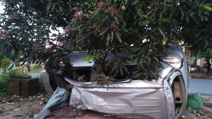 Tabrak Tiang Beton dan Pohon Mangga, Satu Anggota Polisi Polres Bateng Tewas, Begini Kejadiannya