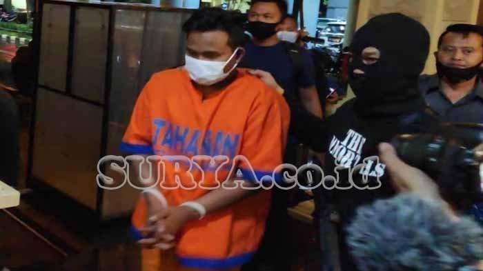 Ini Pria yang Bikin Ibu Mahfud MD Ketakutan, Demo di Depan Rumah Menko Polhukam, Teriak Bunuh Bunuh