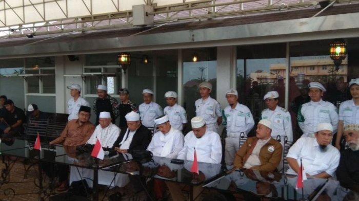 Alumni 212 Beberkan Isi Pertemuan Tertutup dengan Presiden Jokowi