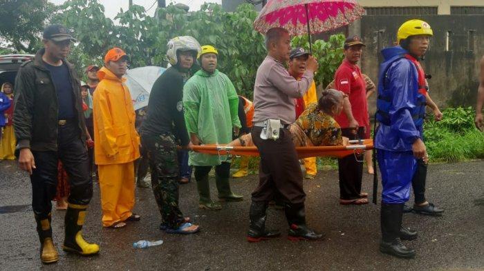 Tim Gabungan Terus Evakuasi Warga Kampung Amau Belitung Terdampak Banjir