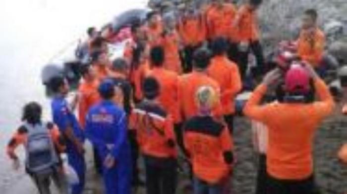 Tujuh Mayat Diduga Korban KM Marina Ditemukan Nelayan