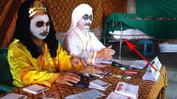 Viral, Ada TPS 'Hantu', Nyoblos Dilayani Kuntilanak hingga Diiringi Lagu Mistis