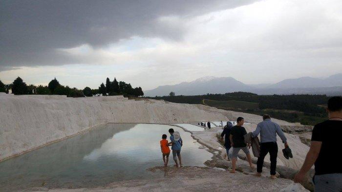 Pamukkale, Kolam Air Panas di Turki Tempat Berendam Para Raja Yunani Kuno