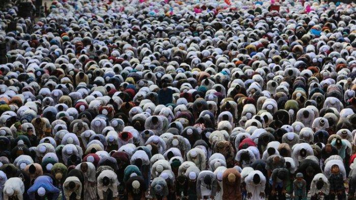 Bacaan Doa Sambut Hari Raya Idul Fitri 1440 H Beserta Artinya yang Dijamin Mudah untuk Dihafalkan