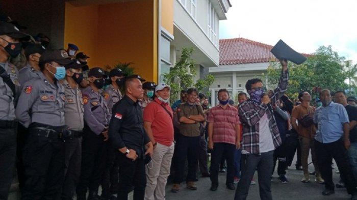Hanya Satu Anggota DPRD Belitung Temui Massa Deklarasi, Prayitno Catur Nugroho Minta Maaf