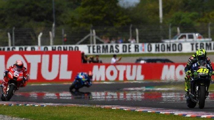 Video Skill Menawan Valentino Rossi saat Salip Andrea Dovizioso di Lap Terakhir MotoGP Argentina