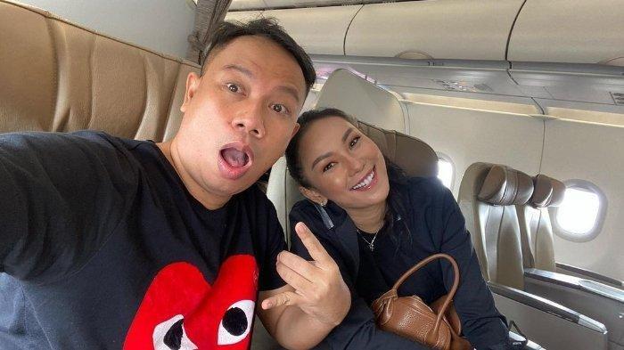 Vicky Prasetyo melamar Kalina Oktarani, Janji Tak Akan Meninggalkannya dalam Sendirian