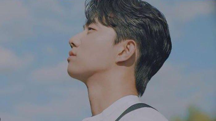 Fans Heboh Usai Rossa Rilis Video Musik 'Masih', Dibintangi Aktor Korea Ki Do Hun