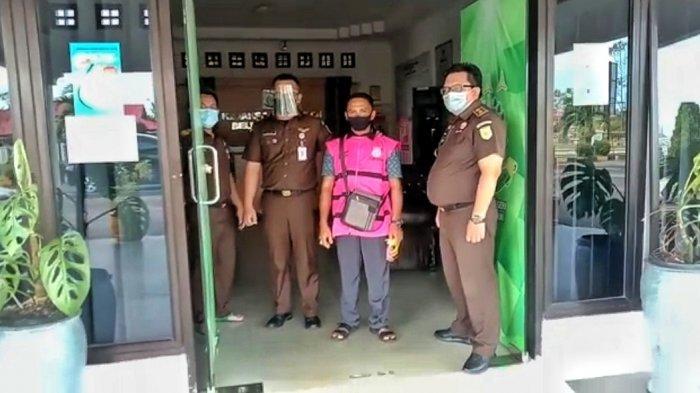 Merugikan Negara Rp 306 Juta, Mantan Kepala Desa di Belitung Timur Ditahan Kejaksaan