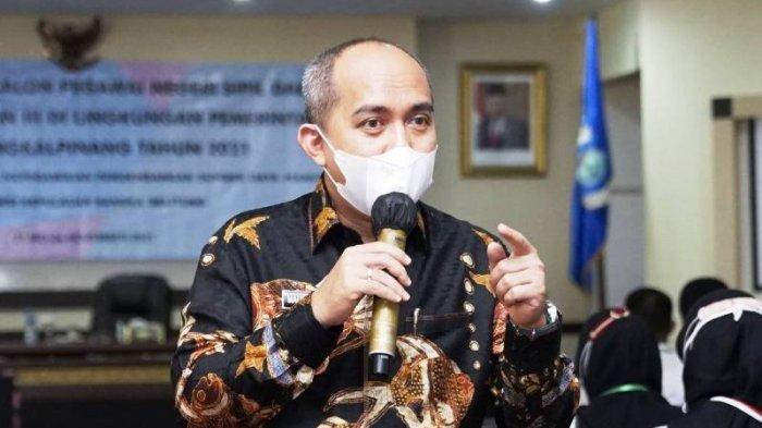Wali Kota Pangkalpinang Maulana Aklil Sumbangkan Gaji Pokok Untuk Warga Isoman Karena Covid-19