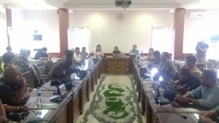 Warga Ngadu ke DPRD Belitung Terkait Pemadaman Listrik oleh PT PLN