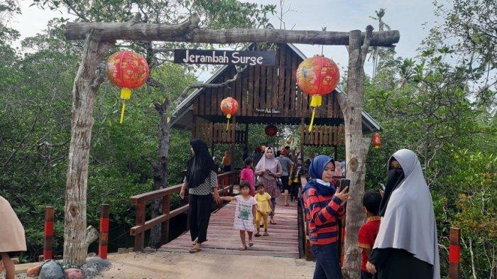 Masyarakat Kelapa Kampit Kembangkan Wisata Pantai Sabang Ru