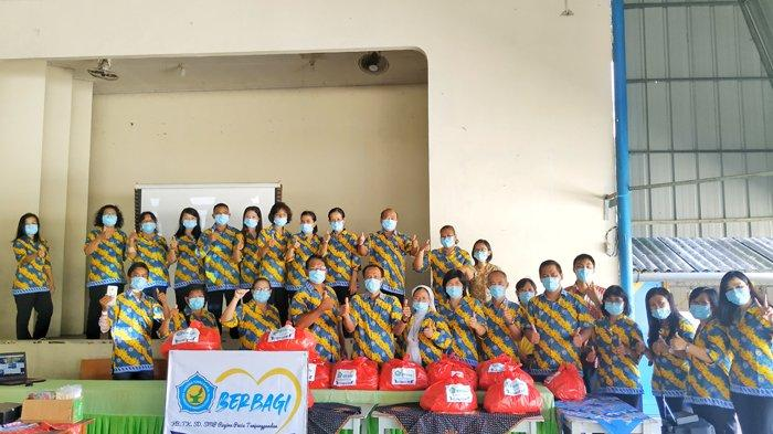 Yayasan Tunas Karya Regina Pacis Belitung Berbagi, Berikan Arti Bagi Masyarakat Terdampak Covid-19