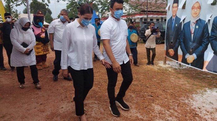 Iringan 50 Mobil dan Gendangan Hadra Antarkan Pasangan BELTIM KAYA Daftar Pilkada Belitung Timur
