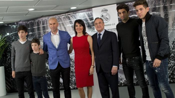 Aksi Aneh Putra Zidane di Lapangan Hijau, Seperti Takut Bola