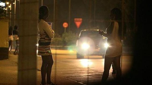 prostitusi_20151201_133425.jpg