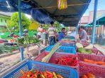 20210613-lapak-penjual-di-pasar-tani-desa-perawas-tanjungpandan-sabtu-1262021.jpg