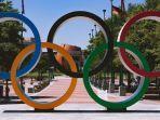 20210806-logo-olimpiade-dengan-lima-cincin-berwarna.jpg