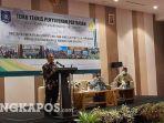 20211028-gubernur-bangka-belitung-erzaldi-rosman-saat-temu-teknis-dengan-penyuluh-pertanian.jpg