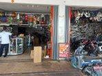 58-shop-yang-menjual-sparepart-motor-di-manggar-kamis-2532021.jpg