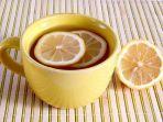air-lemon-bisa-jadi-obat-alami-yang-bikin-tubuh-mengalami-perubahan-menakjubkan.jpg