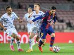 aksi-lionel-messi-barcelona-vs-dynamo-kiev-liga-champions.jpg