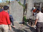 aparat-kepolisian-menggelar-tkp-di-lokasi-penemuan-potongan-tubuh-manusia-sabtu-1432020.jpg