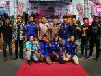 bambang-patijaya-foto-bersama-mahasiswa_20181002_222123.jpg