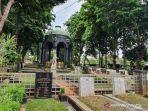 bangunan-mausoleum-og-khouw-di-tpu-petamburan.jpg