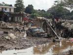 banjir-bandang-menerjang-7-kecamatan-di-garut_20160922_061745.jpg