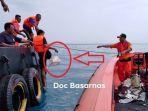 barang-barang-diduga-milik-penumpang-lion-air-jt610-yang-ditemukan-di-permukaan-laut_20181029_140858.jpg