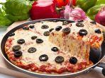 begini-cara-membuat-pizza-teflon-tanpa-gosong.jpg