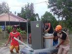 bpbd-beltim-evakuasi-pasca-banjir-di-belitung.jpg
