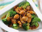 brokoli-siram-jamur-telur-puyuh-menu-buka-puasa-dan-sahur-yang-mudah-dibuat.jpg