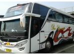 bus-raja-jalanan_20180418_062717.jpg