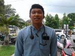 dokter-umum-rsud-depati-hamzah-pangkalpinang-marco-panjaitan_20180727_130944.jpg