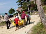 evakuasi-mayat_20170815_233938.jpg