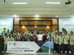 foto-bersama-saat-penyambutan-mahasiswa-ugm_20180302_104710.jpg