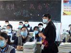 foto-suasana-di-ruang-kelas-saat-pelajar-kembali-sekolah-di-zhuji-provinsi-zhejiang.jpg