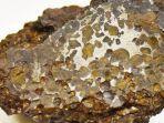 ilustrasi-batu-meteorit.jpg