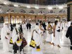 jamaah-luar-negeri-pertama-yang-tiba-di-arab-saudi.jpg