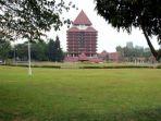 kampus-universitas-indonesia_20180418_210006.jpg