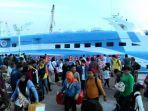 kapal-express-bahari_20171106_223020.jpg