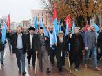 kelompok-muslim-uighur-yang-terdiri-dari-18-orang-datang-dari-istanbul-ke-ankara.jpg