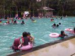 kolam-renang-tirta_20180619_192600.jpg