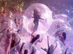 konser-di-dalam-gelembung-plastik-ee3.jpg