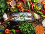 makan-makanan-yang-seimbang-seringkali-dapat-memberikan-jumlah-vitamin-yang-dibutuhkan-wanita.jpg