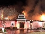 masjid-di-texas-terbakar_20170131_105916.jpg