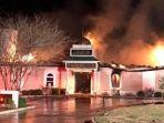 masjid-terbakar_20170202_095142.jpg